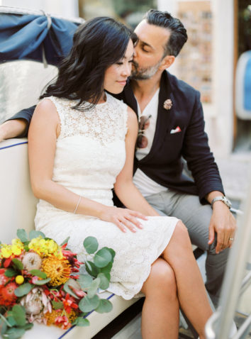 Adorable elopement in Lisbon, exquisite bridal bouquet