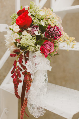 Bridal bouquet, Rose and Red