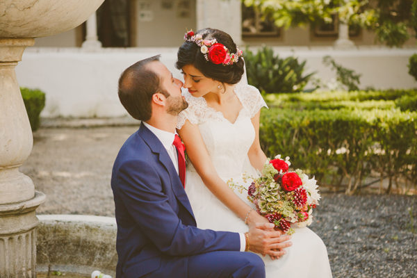 Bridal Headpiece and bouquet, Rose and Red