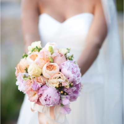 bridal bouquet by flow by marta ivens ferraz