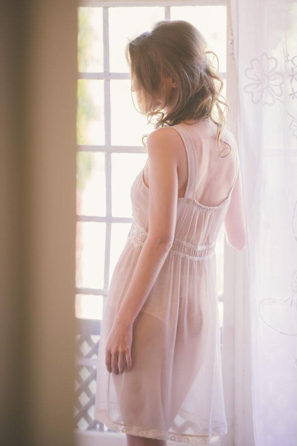 boudoir editoral soft pink