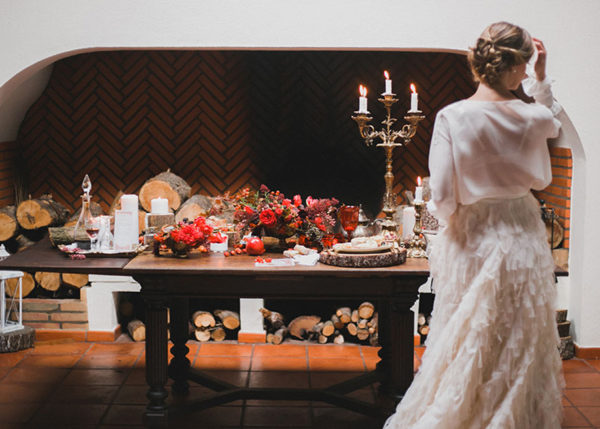 Christmas themed wedding editorial