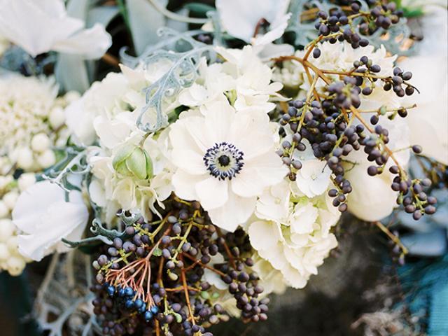 anemone floral centerpiece