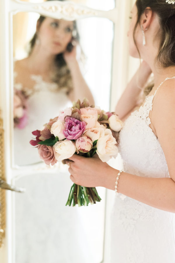 Destination Wedding in a Palace in Lisbon, Luxurious Florals
